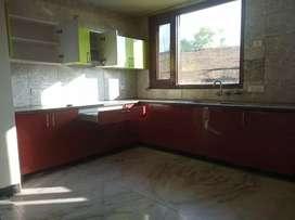 500Yard floor foe rent in A block New friends colony New Delhi wth lft