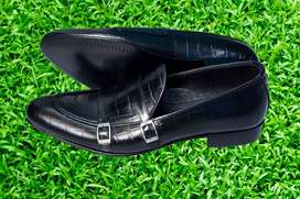 REAL LEATHER HAND MADE FORMAL SHOES FOR MEN DECEMBER SPECIAL