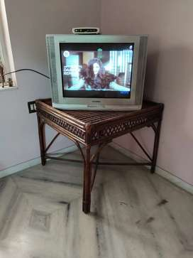 Samsung Plasma colour Tv 29 inches with Bamboo table