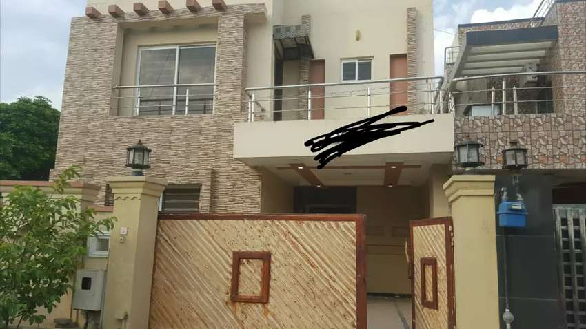 10marla cormer ground semi furnished Ground portion in bahria town rwp 0