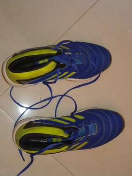 Shoes in rs 1500