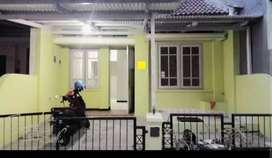 Disewakan Rumah Terawat Di Perumahan Puri Asri Pakuwon City Murah