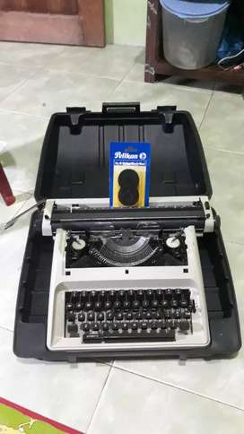 Mesin Ketik Manual,normal.Pita tinta Sudah ganti Baru