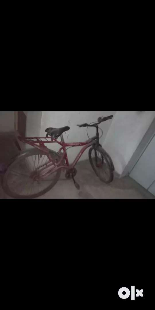 Old bicycle 0