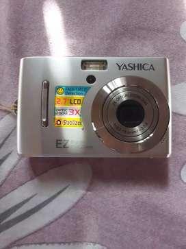 Yashica Digital camera (silver)