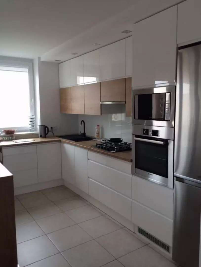 Kitchen Renovation (Factory Fitted Kitchens) 0