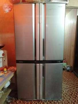 Dijual kulkas Sharp 4 pintu