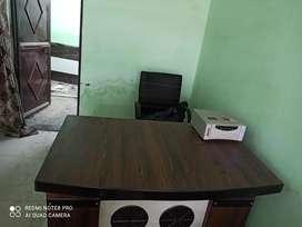 Office furniture counter + seeti