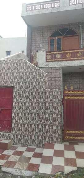 sell urgently,Home in Dehradun,Nanda chauki near jia hostel , investe,