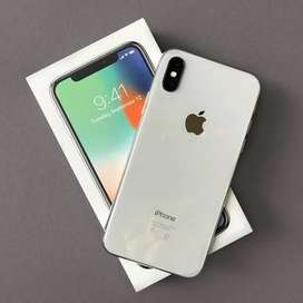 iPhone x - 64GB(white) in top condition.