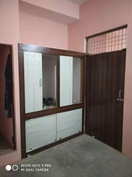 2 Room set available for rent at Khuldabad Chauraha.
