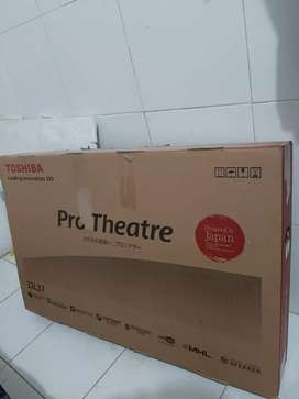 Tv Led Toshiba pro theatre 32 inci