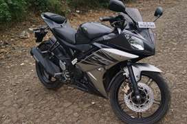YAMAHA R15 V2 IN EXCELLENT CONDITION