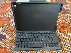 Logitech Slim Folio iPad(7th generation)