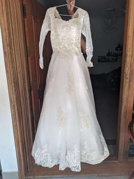 Wedding gown imported used once for wedding for sale