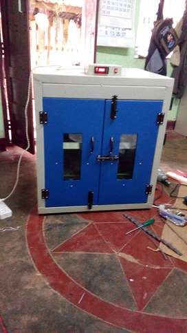 egg incubator machine