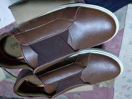 Jual 4 sepatu murah size 40 brand asli lokal baru unbox