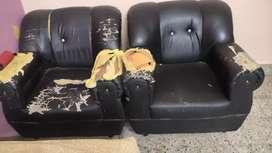 2 seat sofa 4 sell