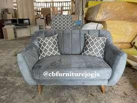 sofaa  Retroo 2 seater , Readyy Stockk .