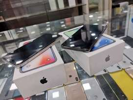 Apple Iphone X 64GB Going lowest at just 41900