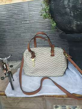 TAS FOSSIL RATCHEL SATCHEL LIKE NEW