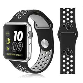 Nike Sports Band for Apple Watch Series 4