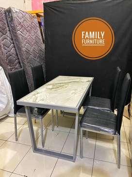 FullSet Meja Makan Besi Atasan Granit Putih Mewah 4 Kursi / 4 Seat