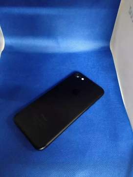 Apple iPhone 7 32gb black all accessories