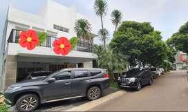 Rumah Cantik Mewah Siap Huni Di Cluster Kebayoran Bintaro