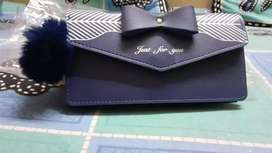 Stylish purse