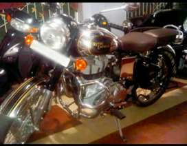 Showroom condition 500cc Royal Enfield Classic.