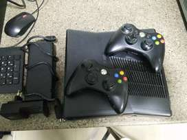 Gameplay Xbox 360 good condition hard disk 500gb 2 rimont 25 games