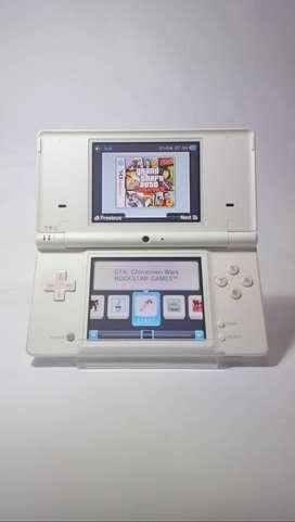 Nintendo DS DSi White