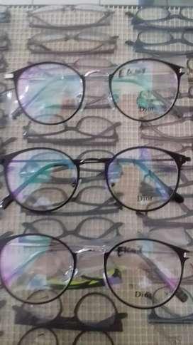 Opptik kcmt lens