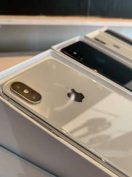 iPhone Xs Max 512Gb Silver / Gray , Second Like New