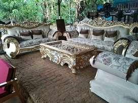 Sofa tamu mewah satu set