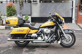 Harley Ultra Limited Nik 2013, Mabua, Istimewa