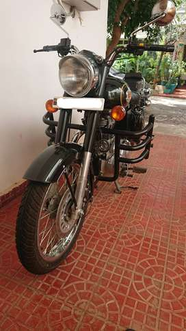 Brand New Royal Enfield Bullet 500 Forest Green