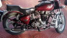 Royal Enfield 1986 petrol engine with alloy wheels