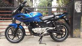 Bajaj pulsar 220 f mint condition
