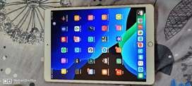 iPad pro 10.5 64gb wifi only gold colour new condition