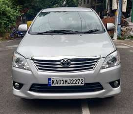 Toyota Innova 2.5 VX BS IV 7 STR, 2012, Diesel