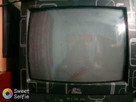Tv LG 2year's old