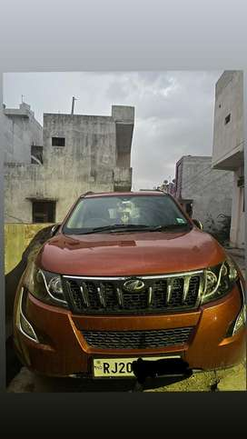 Mahindra XUV500 2015 Diesel Well Maintained top model