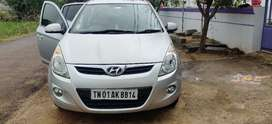 Hyundai i20 2010 Petrol Well Maintained, Top End