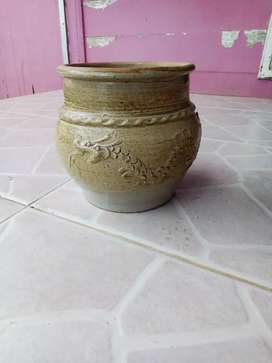 guci kuno celadon dinasti tang