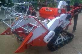 Jual cepat!!! Mesin panen padi Crown Tomcat CCH-790