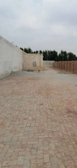 1 kenaal plot for sale good location for business