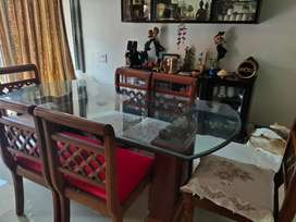 6 seater Designer Dining table