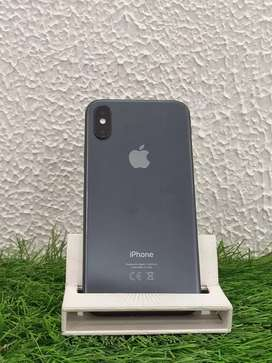 Iphone xs 256gb in best condition grey colour